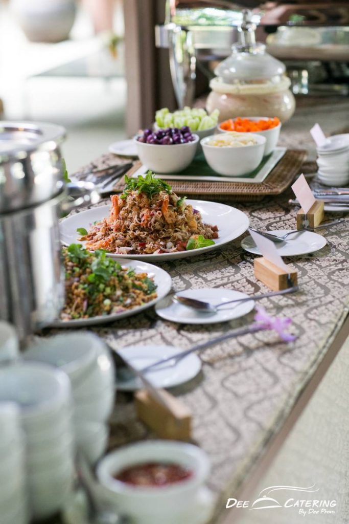 จัดเลี้ยงบุฟเฟต์อาหารไทย_เบรคไทย_วิเศษนิยม-470-683x1024