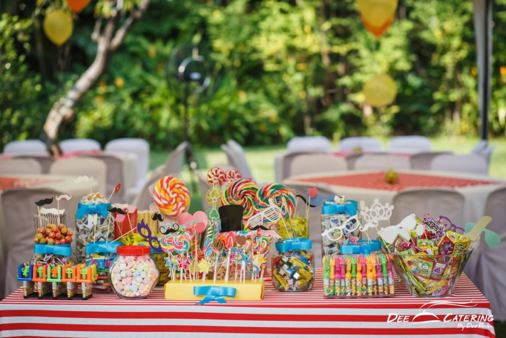 Catering_CarnivalThemeKingWut-2-of-44-1024x683