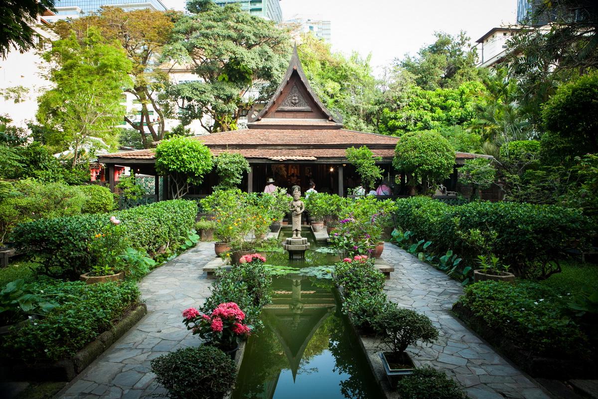 บ้าน มรว.คึกฤทธิ์ เรือนไทยแต่งงานยอดนิยม