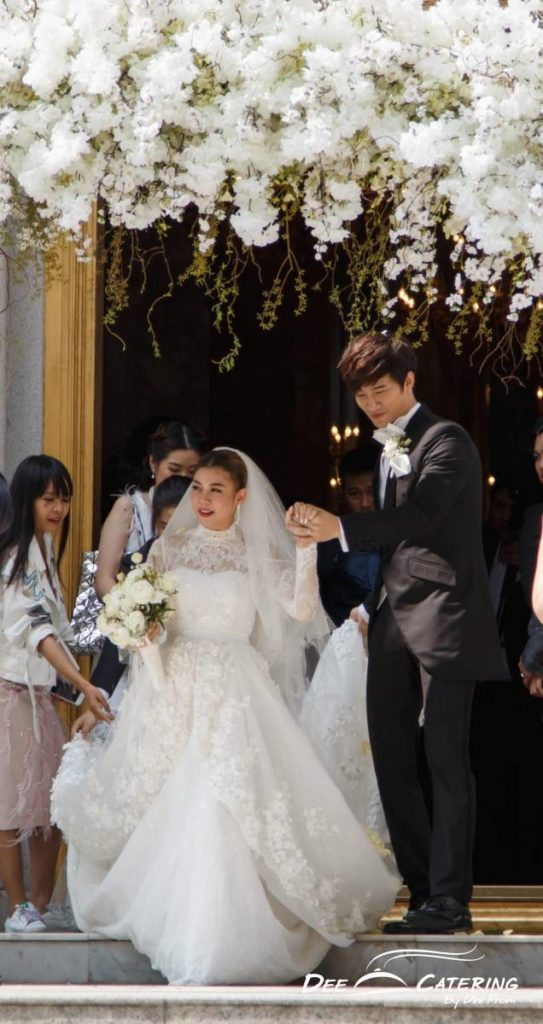 งานแต่งงานโบสถ์เอแบค_กุ๊บกิ๊บบี้160123C2-304-543x1024
