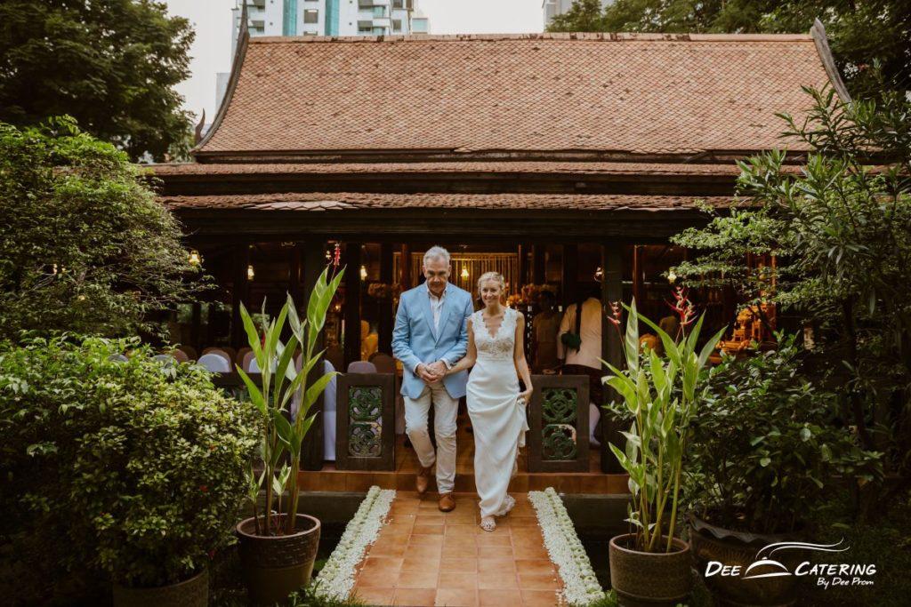 สถานที่จัดเลี้ยง งานแต่งงาน บ้านหม่อมราชวงศ์ คึกฤทธิ์ ปราโมช